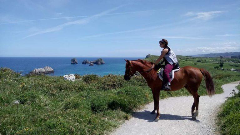 verano y caballos